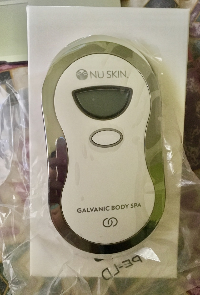 ageloc-galvanic-body-spa-unboxed